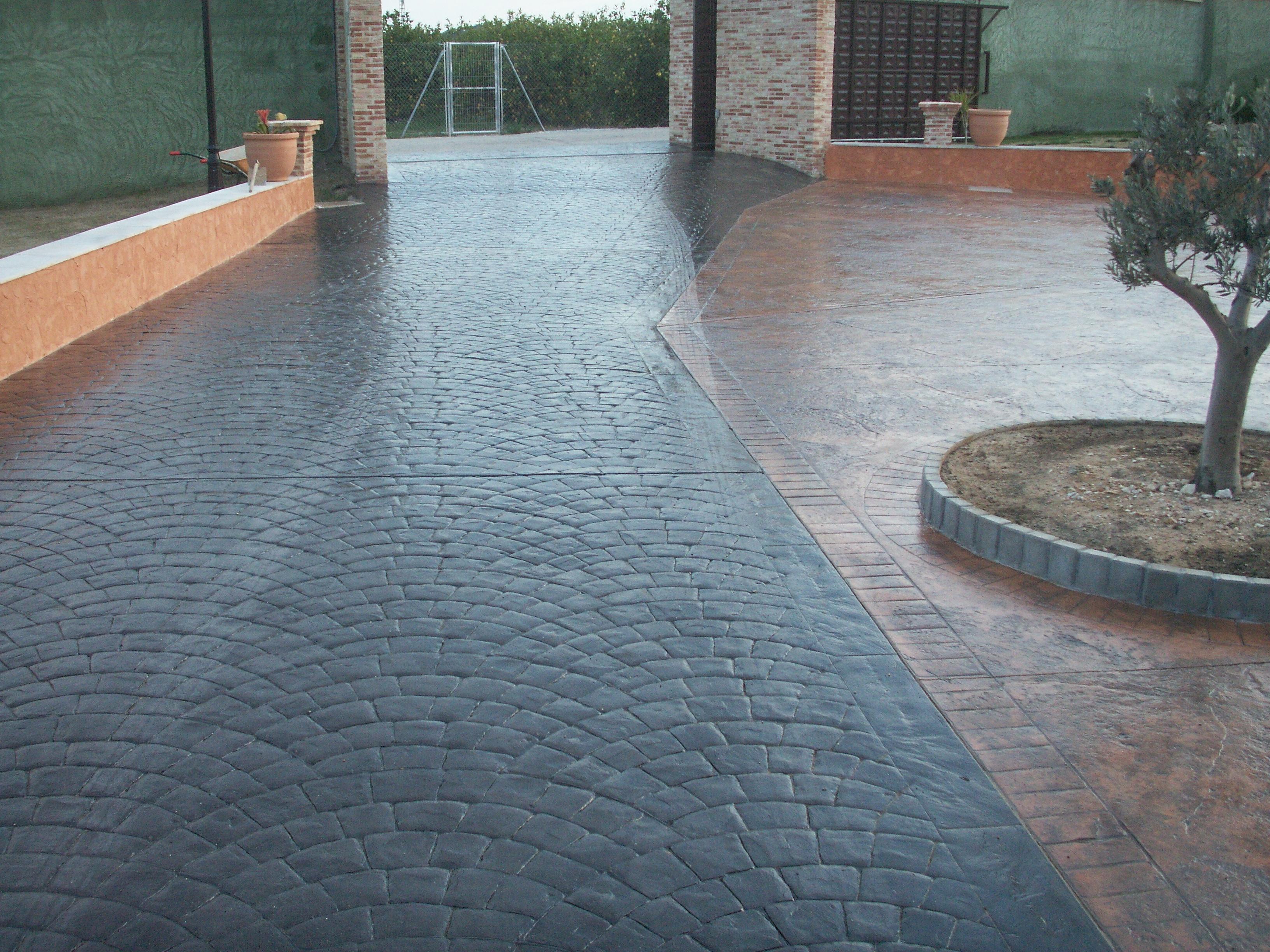 Как сделать двор бетоном